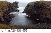 Surf on beach, beautiful and harsh nature of Iceland. Стоковое видео, видеограф Юлия Колтырина / Фотобанк Лори