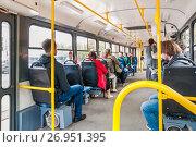 Купить «Салон трамвая (МТТА-2). Двери вагона с обеих сторон», эксклюзивное фото № 26951395, снято 15 сентября 2017 г. (c) Алёшина Оксана / Фотобанк Лори