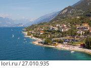 Купить «Озеро Гарда. Мальчезине. Италия», фото № 27010935, снято 5 сентября 2017 г. (c) Сергей Афанасьев / Фотобанк Лори
