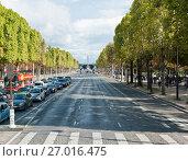 Купить «Вид на Луксорский обелиск на площади Согласия. Солнечный день, осень. Париж. Франция», фото № 27016475, снято 16 сентября 2017 г. (c) E. O. / Фотобанк Лори