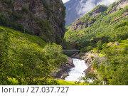 Giant Kjosfossen waterfall by the Flam to Myrdal Railway Line Norway (2017 год). Стоковое фото, фотограф Алексей Ширманов / Фотобанк Лори