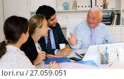 Купить «Mature boss is introducing subordinates in project on the meeting in the office.», видеоролик № 27059051, снято 2 июля 2017 г. (c) Яков Филимонов / Фотобанк Лори