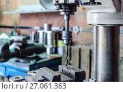 Купить «Drilling machine. The drill bit is installed in the drill chuck.», фото № 27061363, снято 15 июня 2017 г. (c) Андрей Радченко / Фотобанк Лори