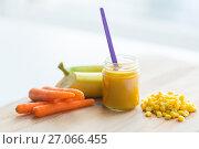 Купить «puree or baby food with fruits and vegetables», фото № 27066455, снято 21 февраля 2017 г. (c) Syda Productions / Фотобанк Лори