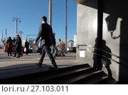 Москва, выход из перехода к Белорусскому вокзалу, фото № 27103011, снято 22 сентября 2017 г. (c) Дмитрий Неумоин / Фотобанк Лори