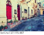 Купить «street of mediterranean town.», фото № 27115487, снято 20 декабря 2010 г. (c) Яков Филимонов / Фотобанк Лори