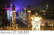 Купить «Picturesque Placa Espana at New Year night with city lights in Barcelona», видеоролик № 27129531, снято 9 января 2017 г. (c) Яков Филимонов / Фотобанк Лори