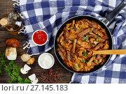 Купить «tasty veal strips stewed with porcini», фото № 27145183, снято 19 декабря 2018 г. (c) Oksana Zh / Фотобанк Лори