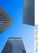 Купить «Небоскребы на фоне голубого неба», фото № 27155855, снято 16 октября 2017 г. (c) Наталья Волкова / Фотобанк Лори