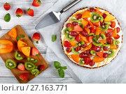 Купить «pumpkin tart with fruits, top vew», фото № 27163771, снято 16 октября 2017 г. (c) Oksana Zh / Фотобанк Лори