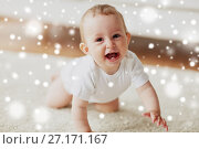 Купить «little baby in diaper crawling on floor at home», фото № 27171167, снято 12 июля 2016 г. (c) Syda Productions / Фотобанк Лори