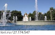 Купить «Музыкальный фонтан в Анапе, Краснодарский край», видеоролик № 27174547, снято 5 августа 2017 г. (c) Олег Хархан / Фотобанк Лори