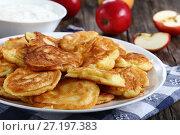 Купить «tasty fluffy Pancakes loaded with apple», фото № 27197383, снято 23 октября 2017 г. (c) Oksana Zh / Фотобанк Лори