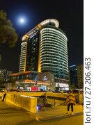 Купить «Night view of the Absheron Marriott Hotel in Baku», фото № 27206463, снято 25 сентября 2016 г. (c) Евгений Ткачёв / Фотобанк Лори