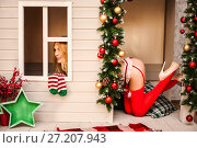 Купить «Sexy christmas elfin in fantasy house», фото № 27207943, снято 4 ноября 2017 г. (c) katalinks / Фотобанк Лори