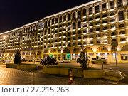 Купить «Nizami Street with bright night illumination. Shopping center of Baku», фото № 27215263, снято 24 сентября 2016 г. (c) Евгений Ткачёв / Фотобанк Лори