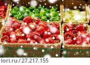 Купить «bell peppers or paprika at grocery store», фото № 27217155, снято 2 ноября 2016 г. (c) Syda Productions / Фотобанк Лори