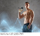 Купить «young man or bodybuilder with protein shake bottle», фото № 27233791, снято 2 июля 2017 г. (c) Syda Productions / Фотобанк Лори