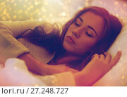 Купить «young woman sleeping in bed at home», фото № 27248727, снято 15 октября 2016 г. (c) Syda Productions / Фотобанк Лори