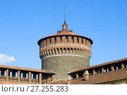Купить «Top of the defensive tower Torrione del Carmine close-up. Castello Sforzesco, Milan», фото № 27255283, снято 17 сентября 2017 г. (c) Виктор Карасев / Фотобанк Лори