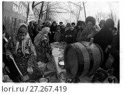 Купить «Празднование масленицы», фото № 27267419, снято 25 июня 2019 г. (c) Борис Кавашкин / Фотобанк Лори