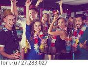 Купить «Employees are having fun», фото № 27283027, снято 2 августа 2017 г. (c) Яков Филимонов / Фотобанк Лори