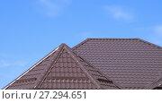 Купить «The roof of corrugated sheet», фото № 27294651, снято 3 мая 2016 г. (c) Леонид Еремейчук / Фотобанк Лори