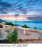Купить «Observation area and sea sunset (Croatia)», фото № 27320647, снято 20 июня 2012 г. (c) Юрий Брыкайло / Фотобанк Лори