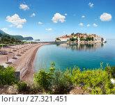 Купить «Sveti Stefan sea islet (Montenegro). Summer panorama.», фото № 27321451, снято 13 июля 2020 г. (c) Юрий Брыкайло / Фотобанк Лори