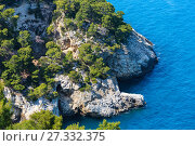 Summer beach Cala di Porto Greco, Gargano, Puglia, Italy (2017 год). Стоковое фото, фотограф Юрий Брыкайло / Фотобанк Лори