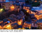 Купить «Night Stilo village, Calabria, Italy.», фото № 27332691, снято 11 июня 2017 г. (c) Юрий Брыкайло / Фотобанк Лори