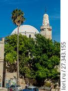 Купить «Старинные улицы и дома в исторической части Иерусалима. Израиль. Главная синагога», фото № 27343155, снято 7 августа 2014 г. (c) Игорь Рожков / Фотобанк Лори