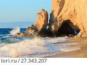 Купить «Tropea beach, Calabria, Italy», фото № 27343207, снято 18 июня 2017 г. (c) Юрий Брыкайло / Фотобанк Лори