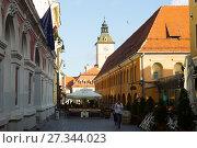 Купить «Brasov streets with tower of city Council», фото № 27344023, снято 18 сентября 2017 г. (c) Яков Филимонов / Фотобанк Лори