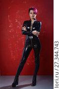 Купить «Beautiful fetish model in latex costume», фото № 27344743, снято 26 октября 2017 г. (c) Дмитрий Черевко / Фотобанк Лори