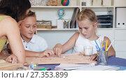 Купить «Boy with sister are playing in game at home.», видеоролик № 27353899, снято 11 августа 2017 г. (c) Яков Филимонов / Фотобанк Лори