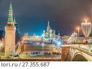Купить «Москва. Васильевский Спуск», эксклюзивное фото № 27355687, снято 4 января 2018 г. (c) Виктор Тараканов / Фотобанк Лори