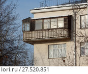 Купить «Пятиэтажный кирпичный жилой дом, построен в 1928 году (относится к жилому массиву «Дангауэровка»). Авиамоторная улица, 49/1 . Район Лефортово. Город Москва», эксклюзивное фото № 27520851, снято 25 января 2018 г. (c) lana1501 / Фотобанк Лори
