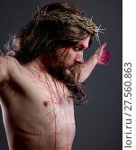 Купить «Jesus christ, jesus of nazareth with the crown of thorns and blood for his body as penance before the crucifixion», фото № 27560863, снято 2 апреля 2020 г. (c) easy Fotostock / Фотобанк Лори