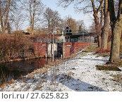 Купить «sluice templin in winter», фото № 27625823, снято 17 июня 2019 г. (c) PantherMedia / Фотобанк Лори