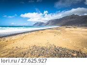 Купить «coast of famara beach,lanzarote island,canary islands,spain», фото № 27625927, снято 16 декабря 2018 г. (c) PantherMedia / Фотобанк Лори