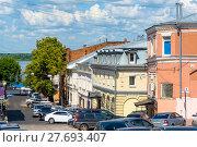 Купить «Кожевенный переулок. Нижний Новгород», эксклюзивное фото № 27693407, снято 12 июля 2017 г. (c) Александр Щепин / Фотобанк Лори