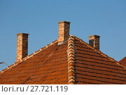 Купить «Chimnies on a house», фото № 27721119, снято 19 ноября 2019 г. (c) PantherMedia / Фотобанк Лори