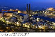 Купить «petrochemical industrial plant at night», фото № 27730311, снято 20 сентября 2018 г. (c) PantherMedia / Фотобанк Лори