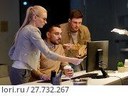 Купить «business team with computer working late at office», фото № 27732267, снято 26 ноября 2017 г. (c) Syda Productions / Фотобанк Лори
