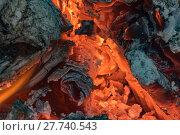 Купить «wooden fire-burning embers in close-up», фото № 27740543, снято 23 марта 2019 г. (c) PantherMedia / Фотобанк Лори
