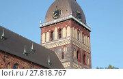 Купить «Tilt up video shot of Riga Cathedral (Rīgas Doms) early in the morning on a sunny summer day. Riga, Latvia», видеоролик № 27818767, снято 26 августа 2016 г. (c) Алексей Кузнецов / Фотобанк Лори