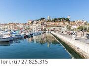 Купить «Cannes Old square France», фото № 27825315, снято 23 октября 2018 г. (c) PantherMedia / Фотобанк Лори