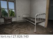 Купить «room with old bed», фото № 27826143, снято 24 мая 2018 г. (c) PantherMedia / Фотобанк Лори