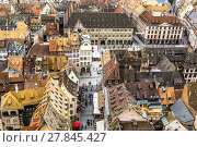 Купить «aerial view of Strasbourg  to the old city», фото № 27845427, снято 19 ноября 2018 г. (c) PantherMedia / Фотобанк Лори